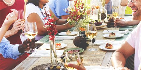 5 Summer Entertaining Tips  Wine Filtration