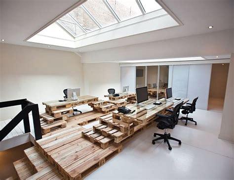 bureaux modernes design amsterdam aménagement d 39 un bureau 100 palettes en bois