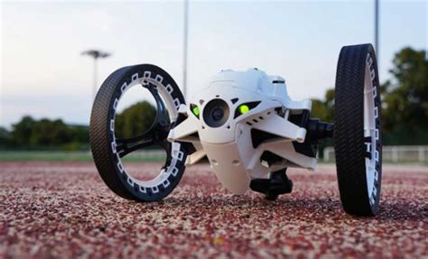 le mini drone parrot jumping sumo electroguide