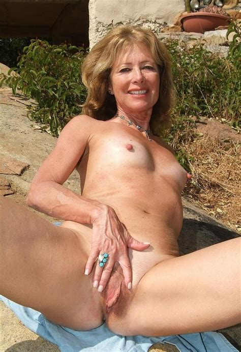 Shaved And Wet Mature Pussy Closeup Hot Mature Girlfriends