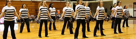 flour bluff isd stingline offer dance clinic students