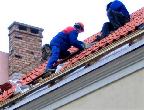 Neues Dach Wie Teuer by Dachdecker Kosten Nebenkosten F 252 R Ein Haus