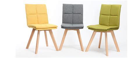 chaise scandinave tissu gris pieds bois clair lot de 2