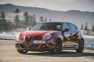 Alfa Romeo Giuletta : alfa romeo giulietta qv alfa romeo giulietta scores 4c power goauto ~ Medecine-chirurgie-esthetiques.com Avis de Voitures
