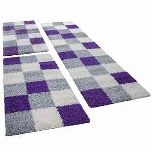 Teppich Bettumrandung 3 Teilig : shaggy l ufer bettumrandung hochflor teppich karo muster in lila grau 3er set hochflor teppich ~ Bigdaddyawards.com Haus und Dekorationen