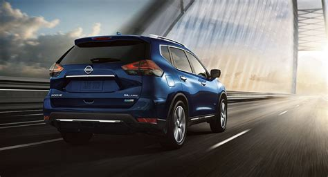 nissan rogue hybrid offers    mpg priced
