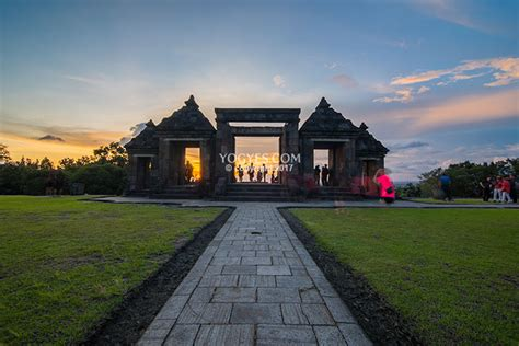 foto  istana ratu boko
