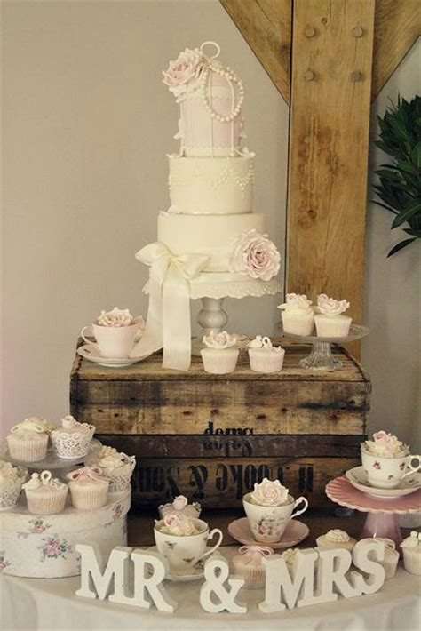 shabby chic wedding cake ideas vintage shabby chic wedding decor gift ideas 2015 1 i heart shabby chic
