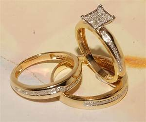 man39s and ladies yellow gold wedding band engagement With his and hers wedding rings yellow gold