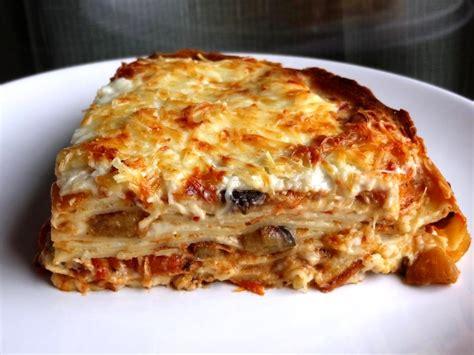 cuisiner des lasagnes recette des lasagnes de crêpes aux légumes