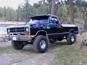 Here U0026 39 S A 1986  Dodge Ram 1500 For  Throwbackthursday  Tbt