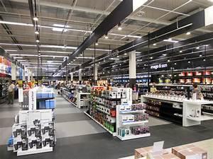 Centre Commercial Carrefour Vitrolles : carrefour lyon venissieux ~ Dailycaller-alerts.com Idées de Décoration