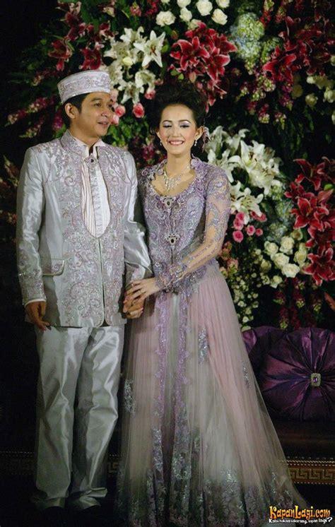 contoh foto foto pernikahan artis album wedding
