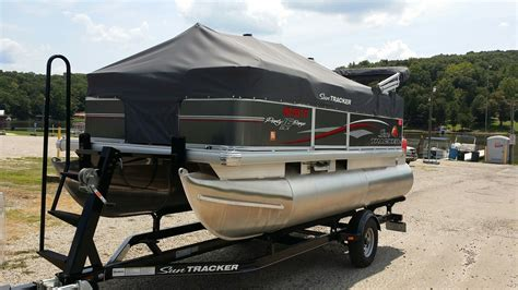Tracker Boats Pontoon by Sun Tracker Pontoon 16 Dlx Boat For Sale From Usa