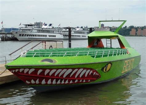 The Beast Boat Ride Nyc by The Beast Picture Of The Beast Speedboat Ride New York