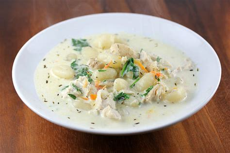 Soups From Olive Garden by Olive Garden Chicken And Gnocchi Soup Recipe Blogchef Net