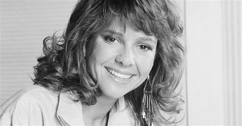 Kristy Mcnichol Comes Out As A Lesbian  Cbs News