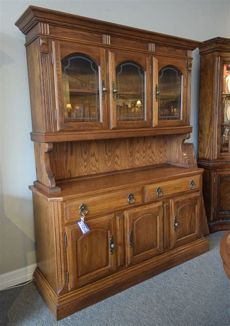 Temple Stuart Buffet Hutch   New England Home Furniture
