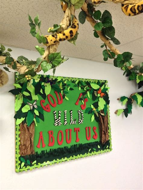safari preschool theme sunday school bulletin boards beautiful jungle theme 469