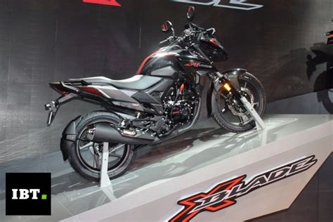 Honda X-blade Unveiled At Auto Expo 2018, Launch Confirmed