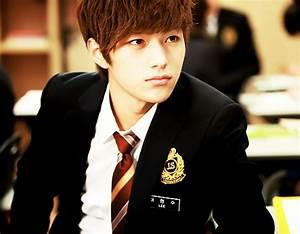 Lee Seo Rin's