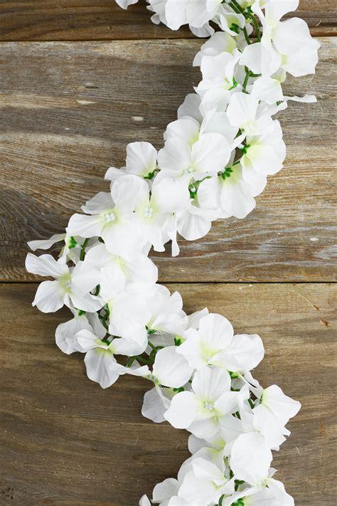 white silk hydrangea chained garland