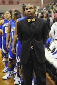 Take 2: Should high school basketball coaches dress up for ...