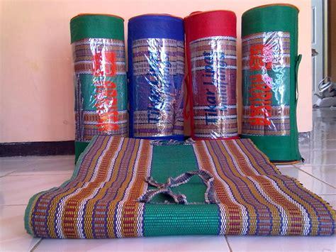Tikar Lipat Di Surabaya jual tikar karpet lipat tenun harga tikar karpet lipat