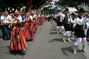 1 Patronal La Poste : santa cruz celebra sus fiestas patronales el sendero ~ Premium-room.com Idées de Décoration