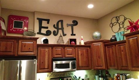 area above kitchen cabinets decorating ideas for area above kitchen cabinets how to 4173