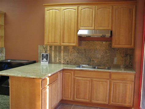 what color countertops with white cabinets maple kitchen cabinets with granite countertops what color
