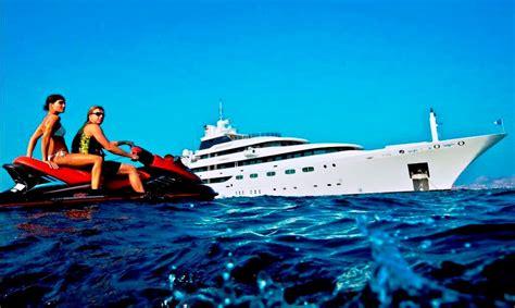 O'mega Yacht Charter Details, Mitsubishi