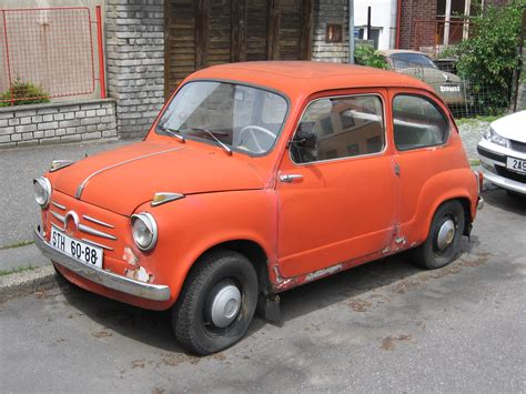 File:Fiat 600.jpg - Wikimedia Commons
