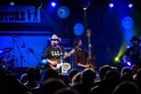 Randy Rogers Live At Floores by Floore S Country Store Celebrates 75 Years With Two