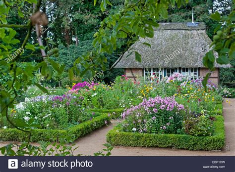 Botanischer Garten Hamburg Bauerngarten by Planting Box Hedge Stockfotos Planting Box Hedge Bilder