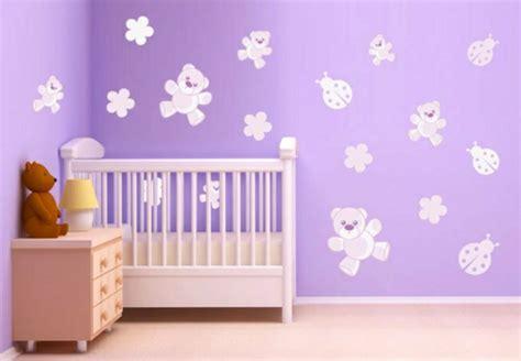 decorer chambre bebe decorer la chambre de bebe maison design sphena com