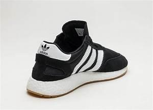 tênis adidas iniki runner preto e branco original promoção