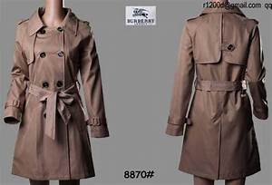 Trench Coat Burberry Homme : trench coat burberry en soldes trench femme burberry trench coat burberry carreau ~ Melissatoandfro.com Idées de Décoration