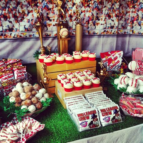 It's A Hit! {a Lovely Baseball Party!}  B Lovely Events