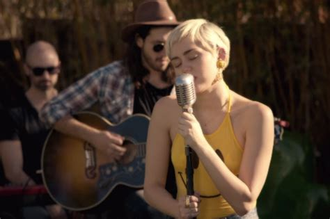 "Watch Miley Cyrus Cover ""happy Together"" & ""50 Ways To"