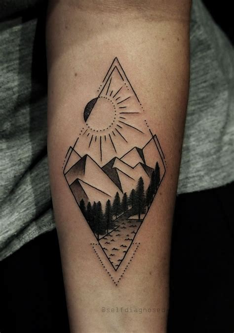 Best 25+ Geometric Tattoos Ideas On Pinterest Geometric