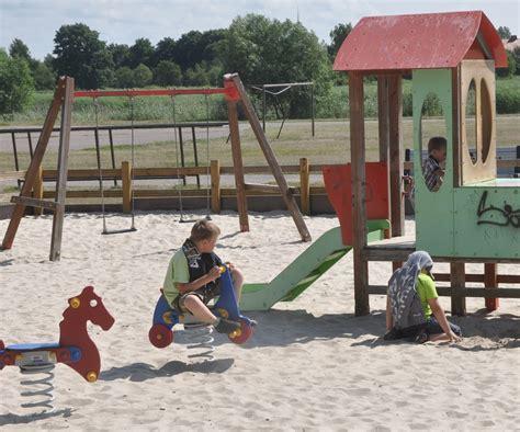 Bērni grib rotaļāties svaigā gaisā   liepajniekiem.lv