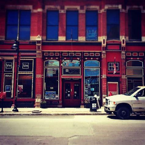 enterprise house bassingbourn road terminal building, סטנסטד מאונטפיצ'ט cm24 1rw אנגליה. Java Joes Coffee House - Downtown Des Moines - 214 4th St