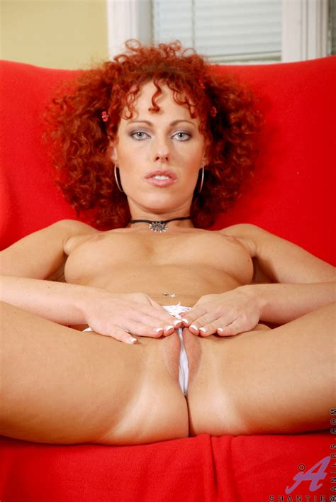 Red Head Curly Hair Chick Showing Her Pussy In Doggy Style Porn Tv