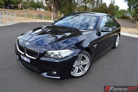 bmw  series review  bmw   sport