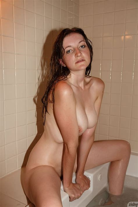 Patience Dolder Suds Fine Hotties Hot Naked Girls Celebrities And Hd Porn Videos
