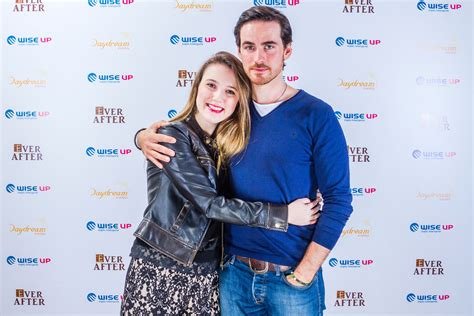 colin o donoghue meet and greet colin o donoghue with fans everafter hook meets his
