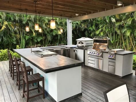 amazing outdoor living spaces ideas youll love  frisky