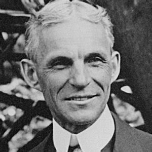 henry ford entrepreneur bio facts family famous