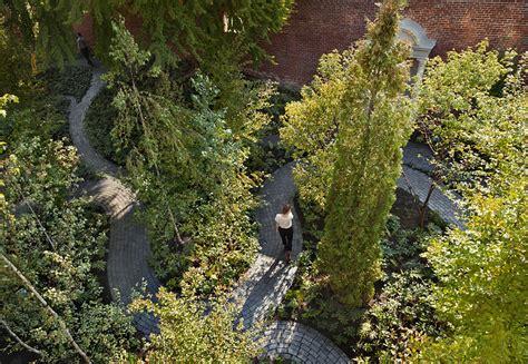 monks garden harvard graduate school  design